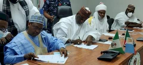 Kano,NNPC signs MOU on AKK Gas Pipeline project