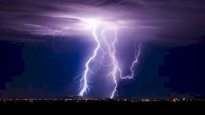 BREAKING:Lightning strikes in Ekiti, kills 15 cows
