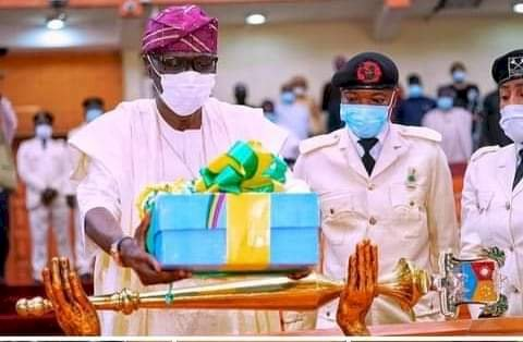 SANWO-OLU TO PUSH REPEAL OF LAW GRANTING PENSIONS TO EX-GOVERNORS, DEPUTIES AS LAGOS PROPOSES N1.155 TR BUDGET