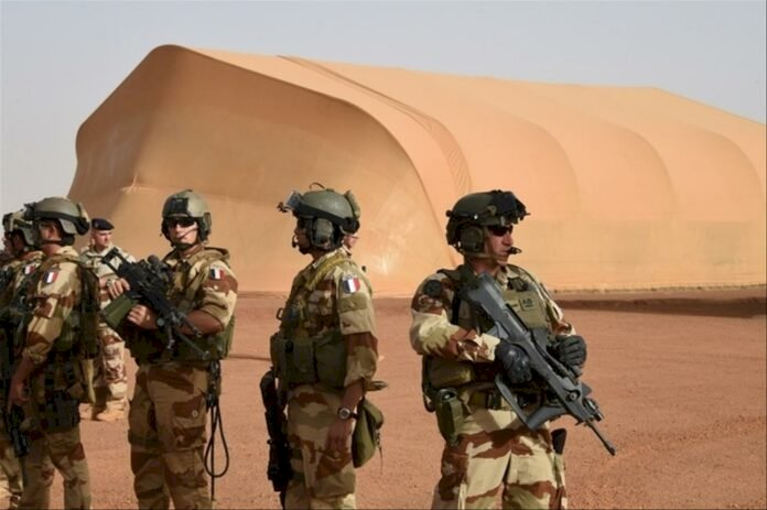Terrorism in Mali: Rocket attacks against French and UN bases