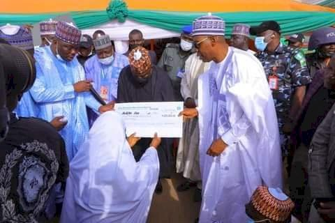 In Biu, Zulum launches 2nd phase of N1 billion support for low-profile entrepreneurs